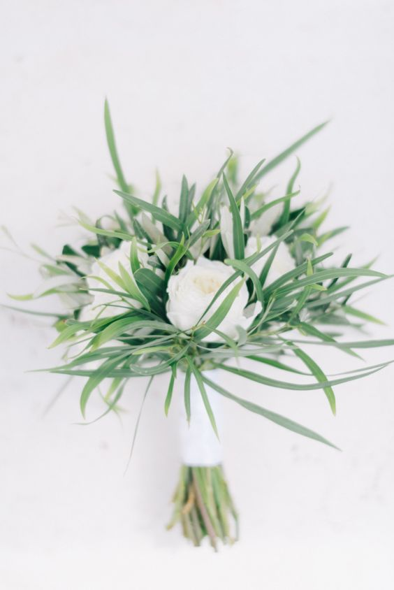 Minimalist Wedding Bouquets
