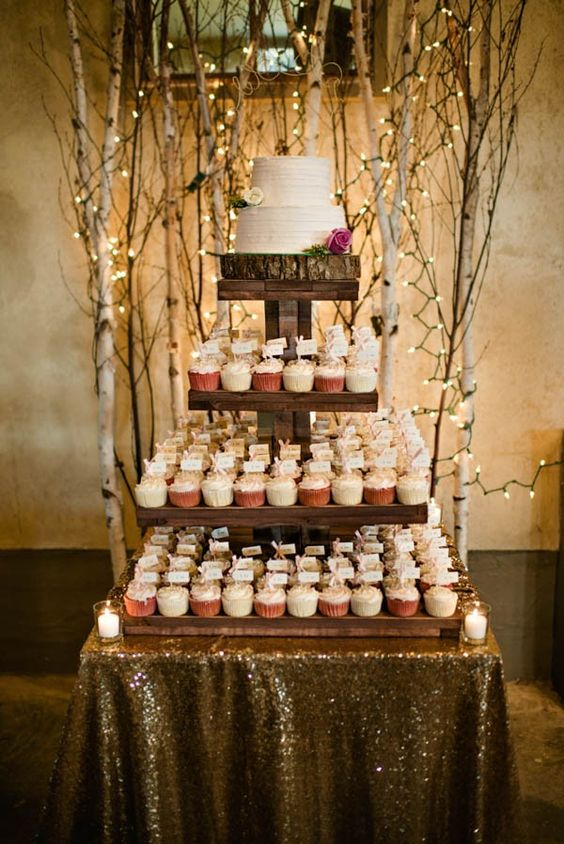 10 Rustic Wedding Cakes For Romantic Fall Weddings