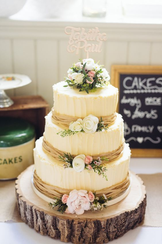 Rustic Wedding Cakes for your Fall Wedding!