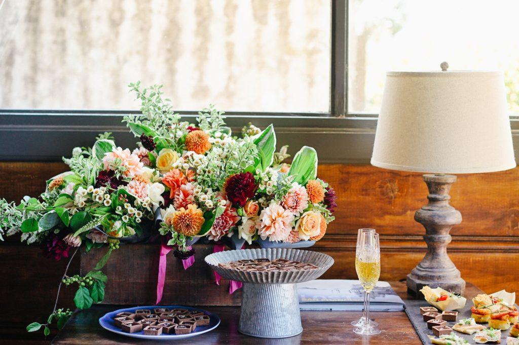 Flowers as Centerpiece at Dessert