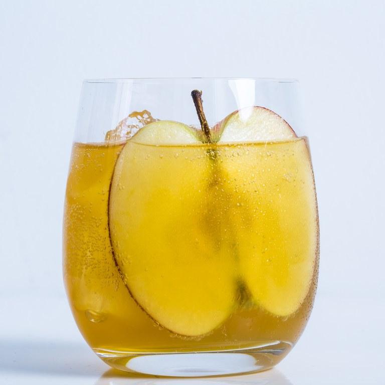 Hard Cider Spritz Cocktail