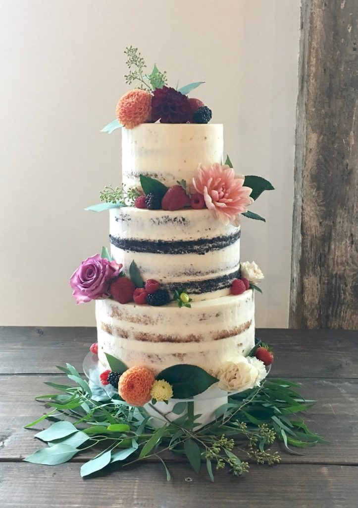 Honey Crumb Cake Designer