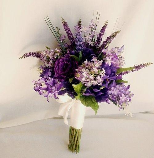 purple winter wedding bouquet